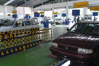 47% de vehículos reprobaron revisión técnica en primera inspección