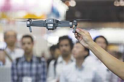 Alphabet frena proyecto de drones y asociación con Starbucks