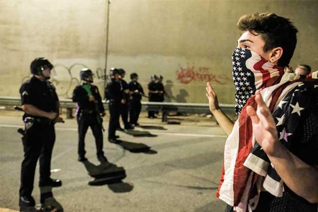 Miles de manifestantes protestan contra Trump en Estados Unidos