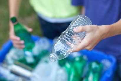Proyecto capacita a 49 escuelas en manejo de desechos