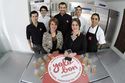 """Fundadora de heladería Yolobon recibió premio a la """"Mujer Emprendedora"""""""
