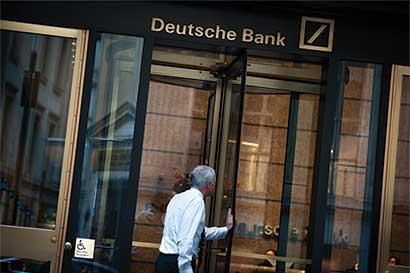 Dólar borra pérdidas de 2016; Deutsche Bank apuesta a su alza
