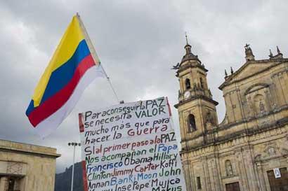 Gobierno de Colombia llama a implementar ya nuevo acuerdo de paz con FARC