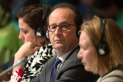 """Hollande: """"EE.UU. debe respetar compromisos"""" de lucha contra cambio climático"""