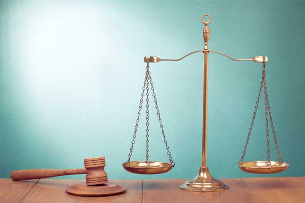 Firma legal Dentons propone fusión a costarricense Muñoz Global
