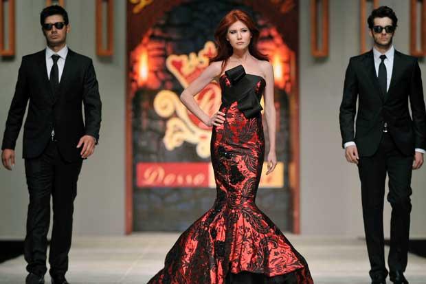 Fashion Show mostrará moda navideña en Heredia