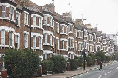 Valores de terrenos se desploman en distritos londinenses caros