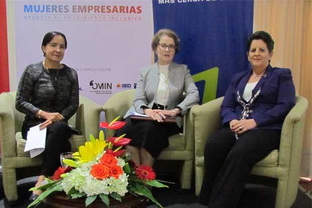 Entidades financieras mejorarán oferta a mujeres empresarias
