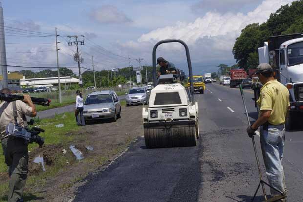 Carretera Bernardo Soto tendrá paso nocturno regulado por trabajos