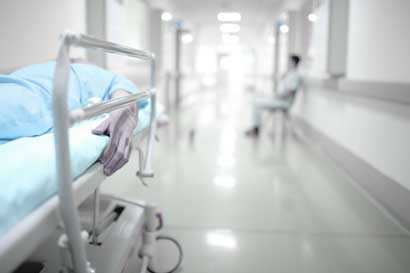 Caja creará tres centros de trasplantes hepáticos