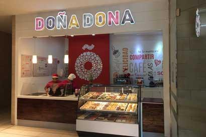 Doña Dona abrió local con nuevo concepto en Multiplaza Curridabat