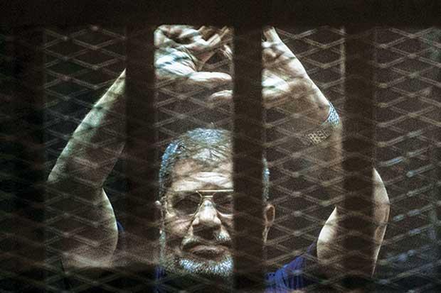 Justicia egipcia anula condenas contra expresidente Mursi