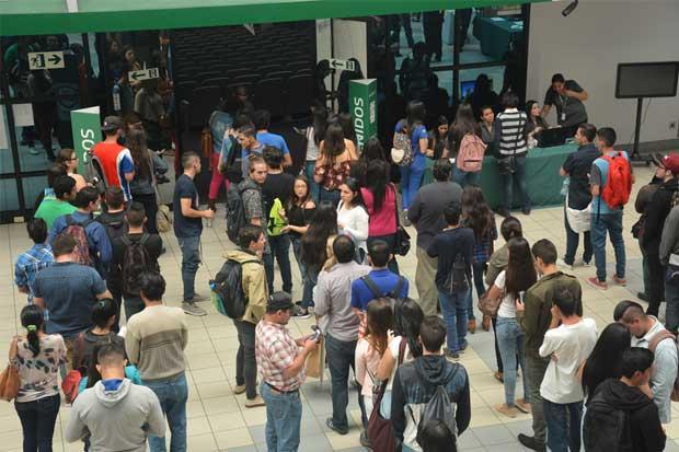 Universidad Latina y UAM suspenden lecciones