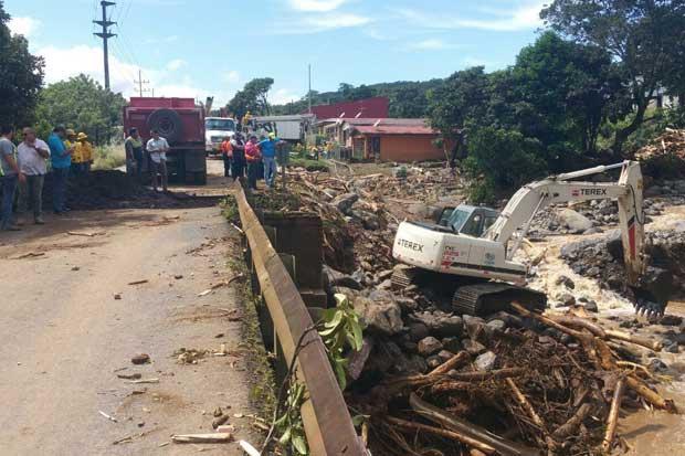Costa Rica valora solicitar ayuda internacional