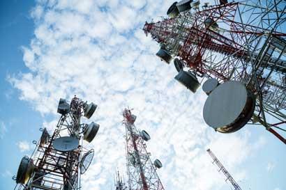 ICE instaló plantas de emergencia y servicio de telecomunicaciones para damnificados