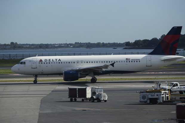 Delta prohíbe pasajero de por vida por exabruptos pro-Trump