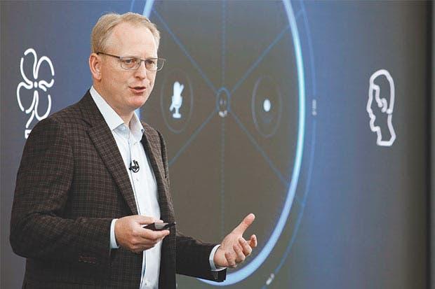 Amazon desarrolla parlantes de lujo con pantalla grande