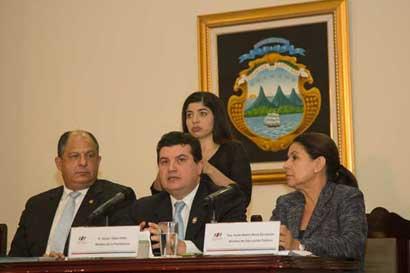 Ejecutivo convoca proyectos fiscales para sesiones extraordinarias