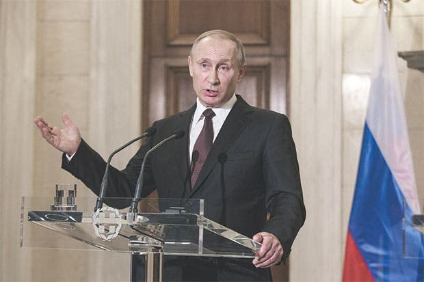 Putin quiere trabajar con Trump como pares