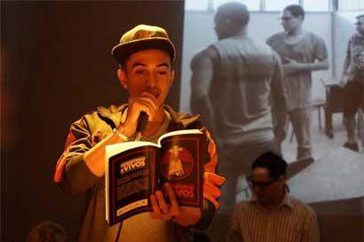Reos de la cárcel de Limón publican libro