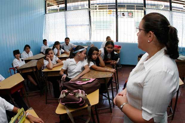 Curso lectivo se reanuda en todo el país