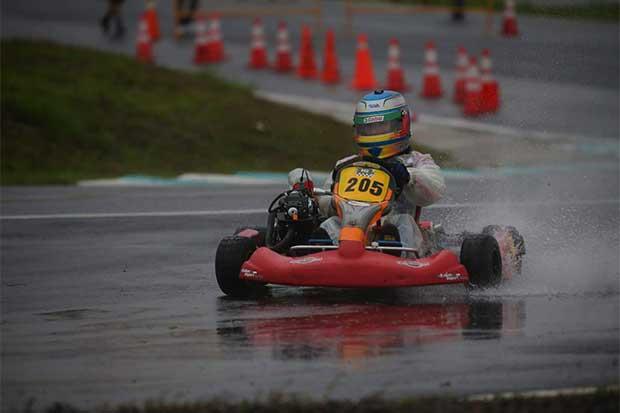 Formal y Valverde bicampeones del kartismo