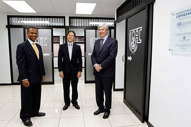 U Hispanoamericana inauguró primer Centro de Simulación Empresarial