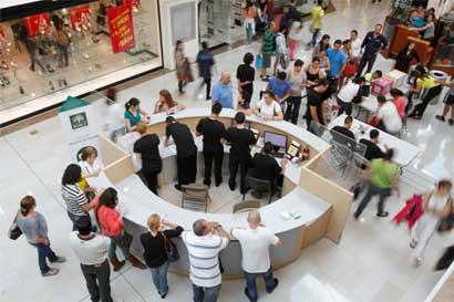 Costarricenses terminan el año con incertidumbre sobre la economía