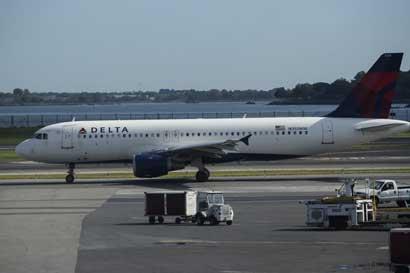 Delta prueba comida gratis en clase turista en vuelo en EE.UU.