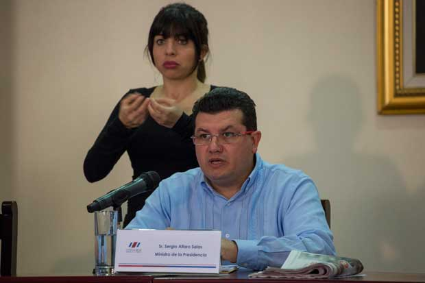 """""""Aquí no hay miedo"""", responde Ministro de Presidencia sobre proyectos de empleo público"""