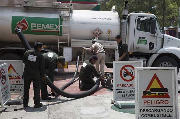 Acuerdo de OPEP no bastará para consumir reservas de petróleo