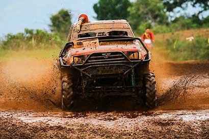 Autocross corona a sus todoterreno