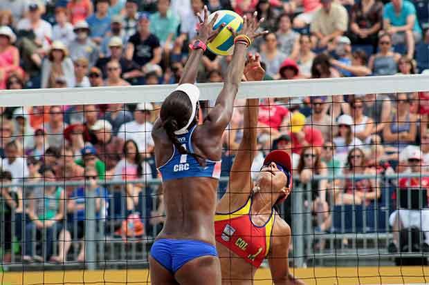 Costa Rica reina en la arena