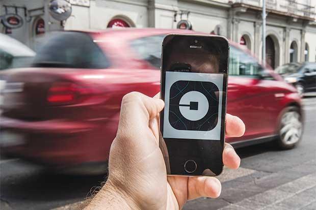 Uber ofrecerá vehículos autónomos en California