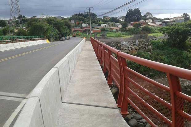 Nuevo puente en Paracito entró en servicio