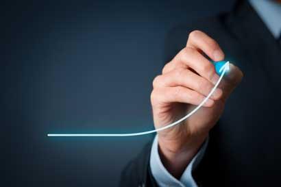 Fitch resalta mejoras en la eficiencia operativa del BCR