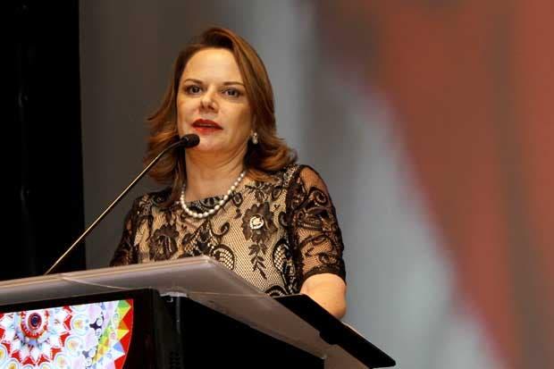 Premio Funcionario  del año: Ana Elena Chacón, vicepresidenta de la República