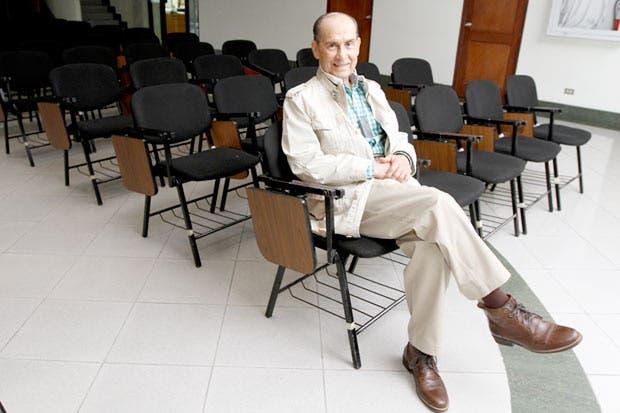Universidades privadas valoran formar médicos especialistas