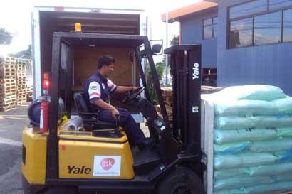 Apicultores recibieron 1.250 kilos de azúcar para mejorar producción