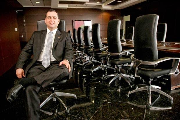 Davivienda recibe calificación positiva de Fitch Ratings