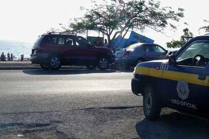Conducir en las playas implica una multa de ¢52 mil