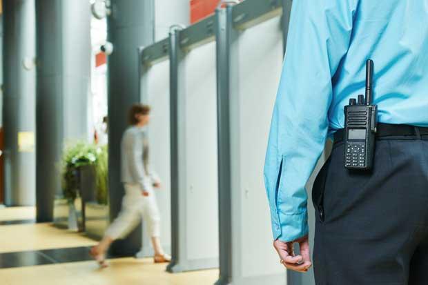 Empresas de seguridad deben a la Caja más de ¢2 mil millones
