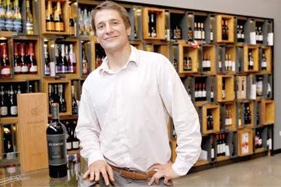 Alpiste suma cuatro vinos premium
