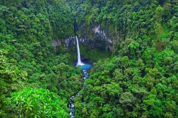 Video muestra imágenes de Costa Rica desde el aire