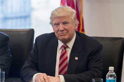 Trump seguirá haciendo anuncios y comentarios por Twitter como presidente