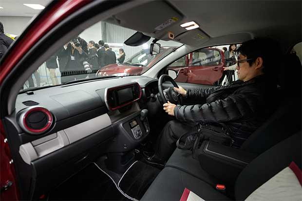 Automotrices forman bloque telemático frente a Google y Apple