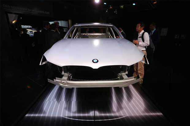 BMW desplegará flota de vehículos autónomos Serie 7 este año