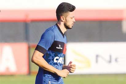 Brasileño Anderson Leite firma con Saprissa