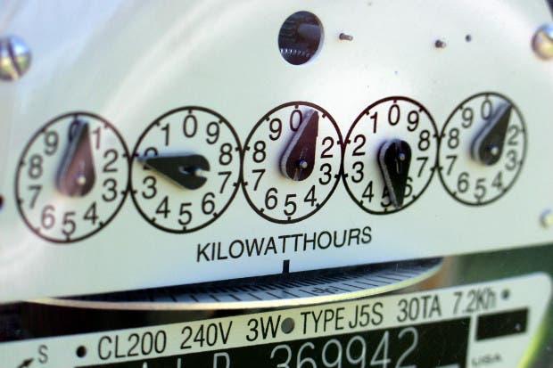 ICE restableció servicio eléctrico a más de 49 mil clientes
