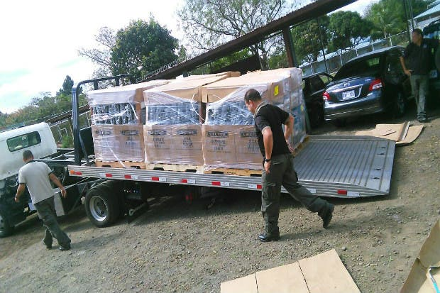 Penitenciarías recibieron donación de mobiliario